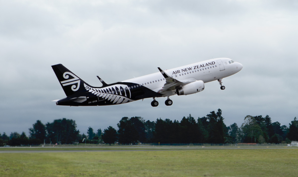 Air New Zealand A320 ZK-OXB